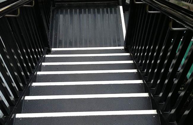 non slip board stairs